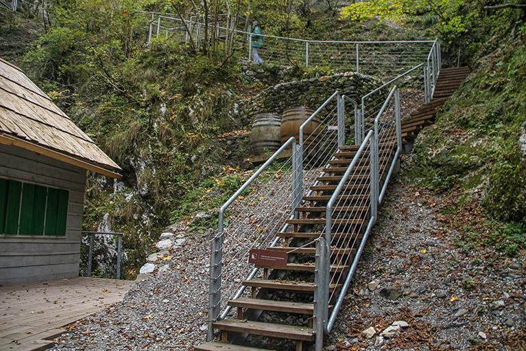 Gea-Consult – Bolnisnica Franja – varovalne ograje