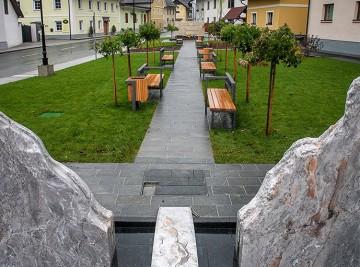 Železniki: Gea Consult - Obnova trga pred cervkvijo Sv.Antona