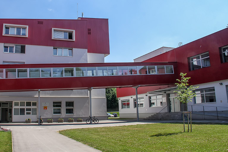 Gea-Consult – Šolski center MIC